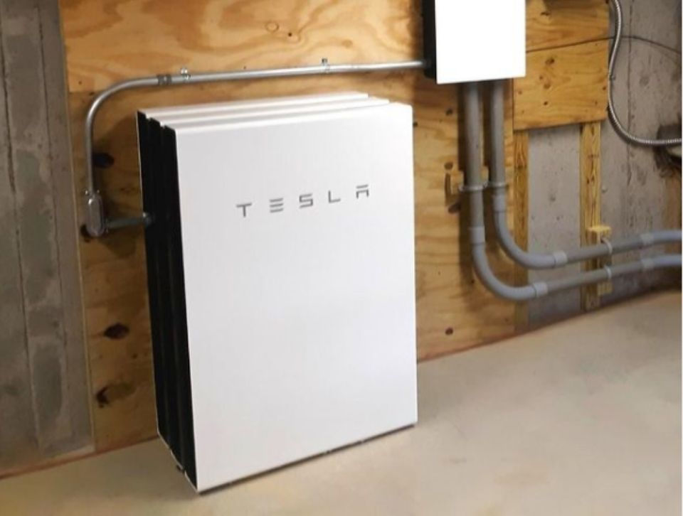 How to Use a Solar Backup Battery
